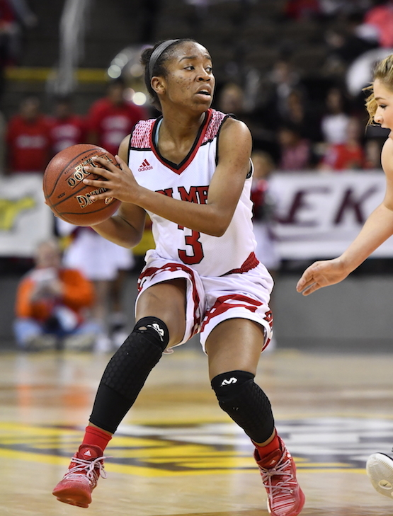 Laila Johnson Leads Bulldogs