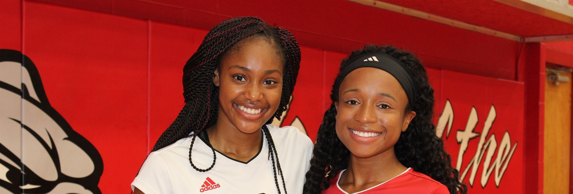 Senior Volleyball Players Latavia Keith and Alaria Long